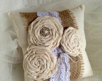 Rustic Ring Bearer Pillow, Burlap Ring Bearer Pillow, Wedding Ring Pillow, Country Wedding Pillow, Barn Wedding Pillow, Ring Pillow