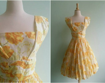Vintage 1950s Yellow Rose Cotton Dress | Size Small
