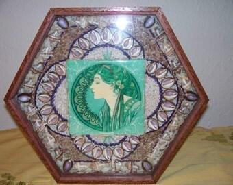 "Sailor's Valentine box- ""Muncha Lady"""