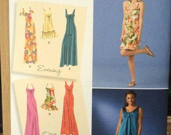 Misses' Maxi Dress or Ruffled Sundress Simplicity 2582