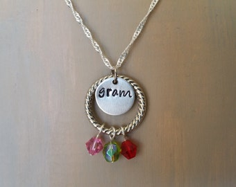 Personalized Grandma/Mom Necklace with Birthstones