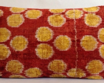 "IVP000082 14""X22""Original hand loomed Ikat velvet pillows case with hidden zipper located on the side,back fabric is linen"