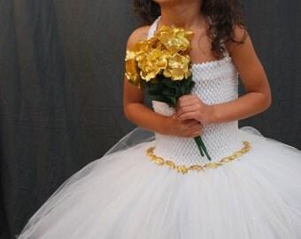 Beautiful All White Full Fluffy Dress For Girls