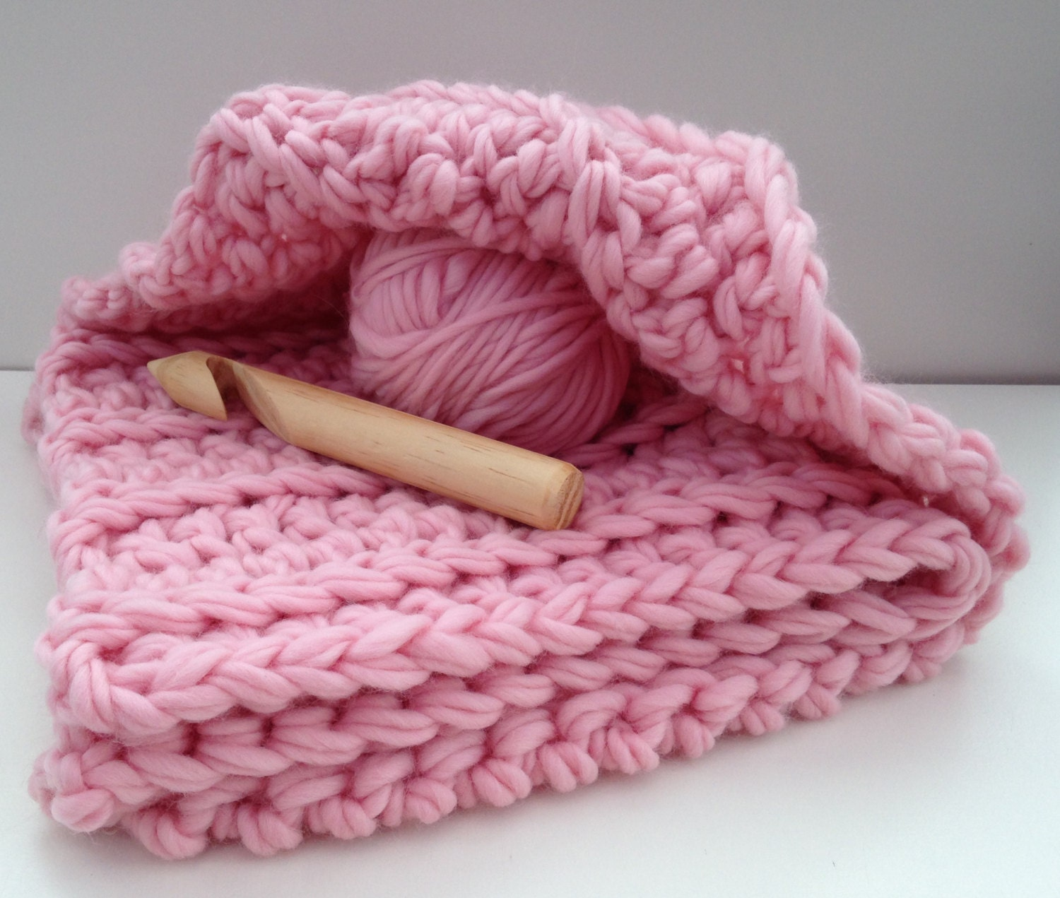 Blanket crochet kit baby blanket. DIY Learn to crochet super