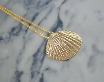 Gold Clam Shell Necklace | Scallop Shell Pendant | Sea Shell Necklace | Long Seashell Necklace