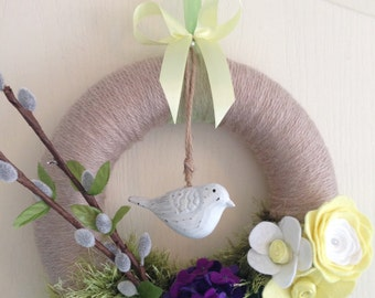 Spring Impression - Handmade felt / yarn wreath for Spring