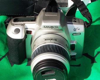 Minolta QTsi SLR Camera, with strap