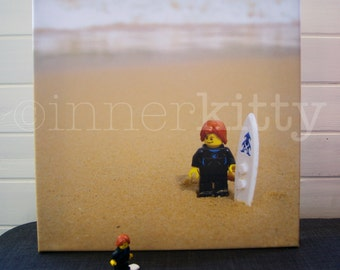 Lego Surfer at the beach canvas 30x30cm