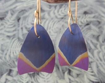 Niobium tulip petal earring