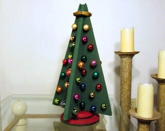 Wooden Ornamental Christmas Tree