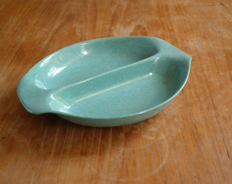 Vintage Mid Century Russell Wright Residential melamine mottled aqua divided serving/vegetable dish with handles