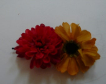 Set of Two Flower Bobby Pins
