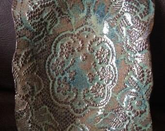 Handbuilt Pottery/Clay Stoneware Lace Imprinted Glazed Tray/Bowl