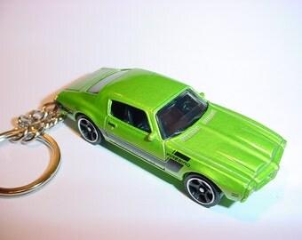 3D 1971 Pontiac Firbird Formula custom keychain by Brian Thornton keyring key chain finished in green color trim diecast metal body