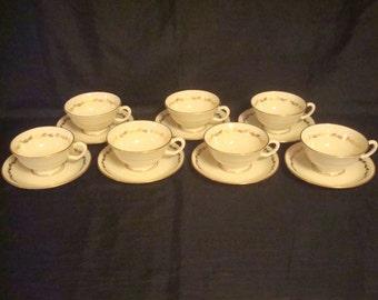 """LENOX """"GOLDEN WREATH"""" - Set of 7 Cups & Saucers"""