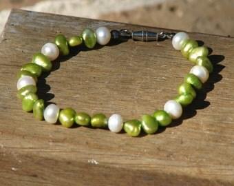 Fresh Water Pearls Bracelet, Handmade, White, Green, Clasp, String, Elegant, Jewellery, Pearls