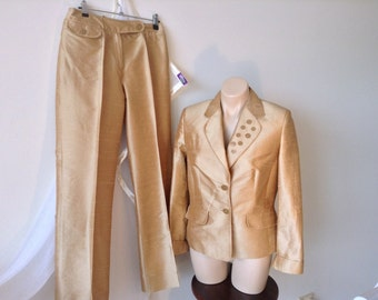Neinhaus  100% Silk Gold pantsuit size12 now reduced