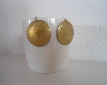 Really funky urban vintage earrings, african style.