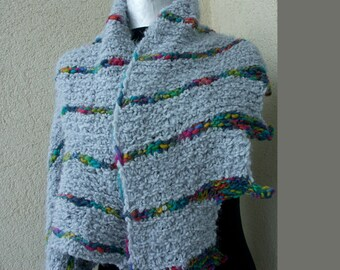 Triangular scarf in ice blue / multicolored