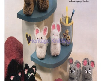 childrens pet pal slippers 4 ply knitting pattern 99p