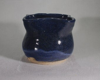 Deep, midnight blue sky bowl with shaped rim.
