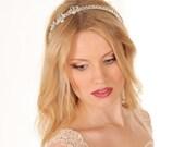Bridal crystal headpiece Wedding headband Crystal bridesmaid headpiece Crystal crown White crystal hair accessory Crystal wedding tiara