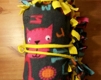 Cats, kittens, gifts, blankets