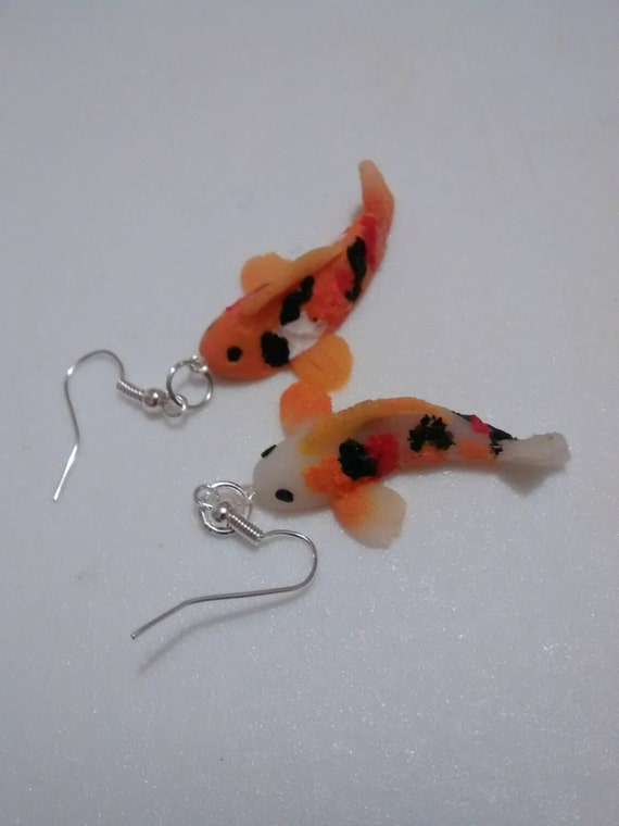 Ooak polymer clay koi carp fish earrings retro modern for Mini carpe koi
