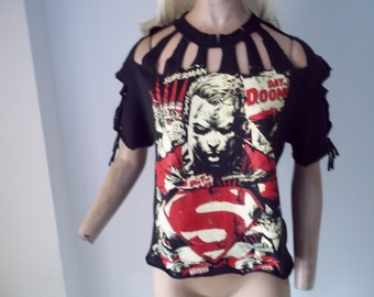 SUPERMAN DAY OF doom..cut up t shirt...upcycled...black...sz m