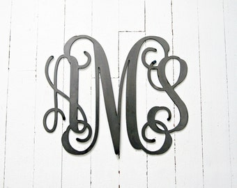 Metal Custom Personalized Monogram 3 Letter Triple Vine Monogram