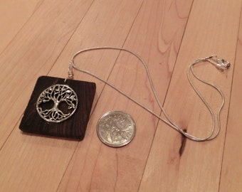 Necklace made of bocote, with tree of life and silver chain
