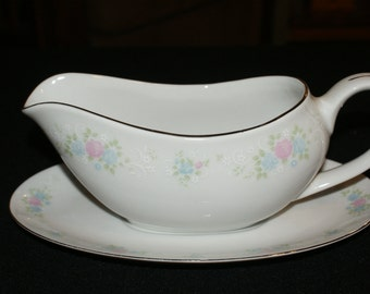 Prestige China Garden Gravy Boat w/ attached Underplate Iight blue and pink floral