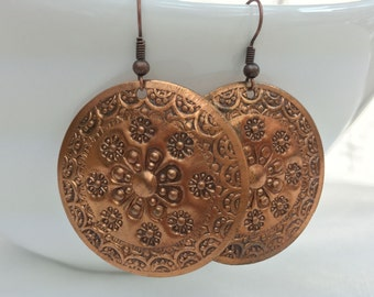 """Round """"Crop Circles"""" Hammered Antique Copper Earrings"""