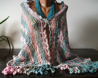 ladies knitted shawl