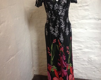 Dress Vintage Maxi Dress with all over Foxglove print size 10 - 12