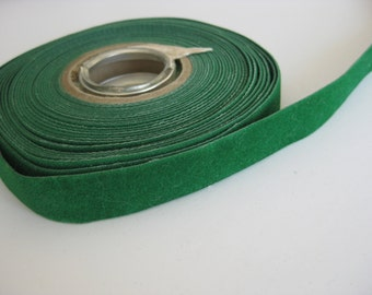 "SALE* Forest green Velvet ribbon // Green trim // Green ribbon - 5/8"" (16 mm)"