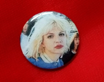 "Courtney Love / Hole 1"" Pin"