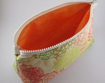 Cosmetic Bag Handmade Bright Spring Floral Pattern Makeup Bag Toiletry Bag Zipper Pouch Cosmetic Case
