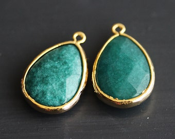 A2-500-G-GR] Green / 14 x 20mm / Gold plated / Teardrop Pendant /  2 pieces