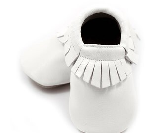White baby shoes, baptism shoes, christening shoes for boys or girls, crib shoes, baby booties, white baby leather shoes, baby shower gift