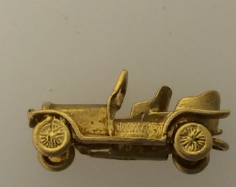 Ford Model T 9ct Gold Charm