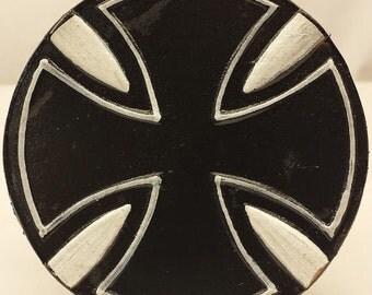 LB153 Maltese Cross