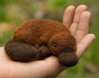 Needle felted platypus, felt animal, needle felted toy, platypus toy, soft animal, australian animal, platypus gift, birthday toy