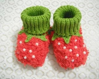 strawberry baby crochet booties,sweet baby girl's crochet booties,baby shoes for girl,newborn gift.handmade booties