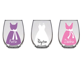 Personalized bridesmaid glasses, with accent, name, and dress.  Bridal parties, wedding gifts, keepsakes, and bachelorette - Set of Two