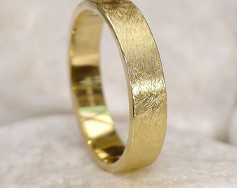 Urban Finish Men's Wedding Ring in 18k Gold - Eco Friendly Yellow, Rose or White Gold - Handmade to Order