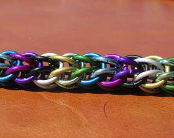 Dark Rainbow Persian Chain mail necklace