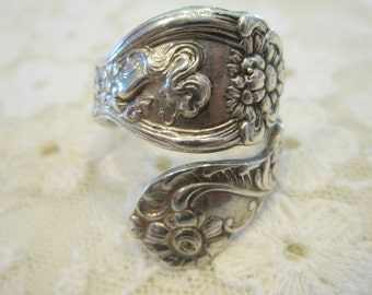 Leanne Spoon Ring