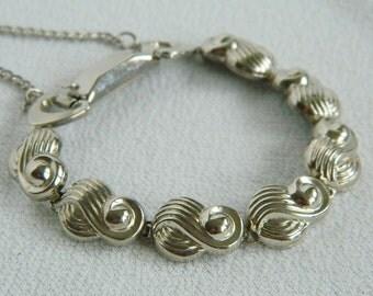Jaycraft silver tone bracelet