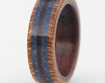 Wooden Commitment Rings from Oak, Walnut and Gemstone